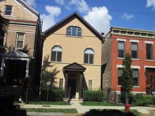 2230 North Southport Avenue, Chicago IL