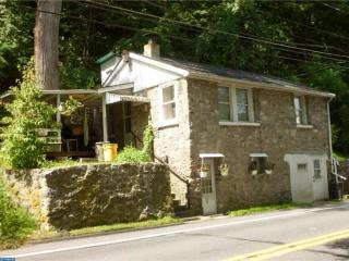 3690 North Delaware Drive, Easton PA
