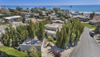 6410 Surfside Way, Malibu CA