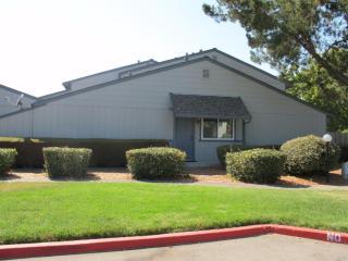 18 Cedar Circle, Rohnert Park CA