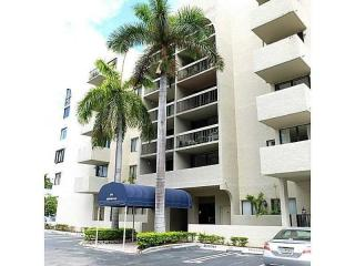 2715 Tigertail Avenue #606, Miami FL