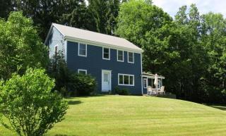92 South St, Chesterfield, MA 01012