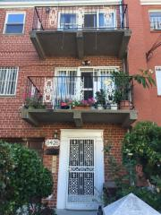 8426 60th Rd, Middle Village, NY 11379