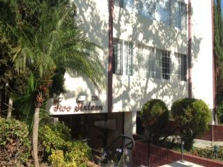216 S Rexford Dr #201, Beverly Hills, CA 90212
