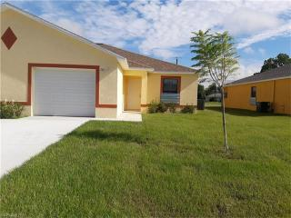 111 SE 12th Ter, Cape Coral, FL 33990