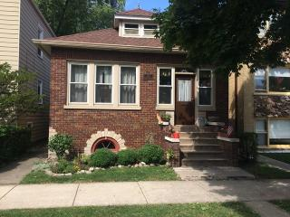 1111 Thomas Avenue, Forest Park IL