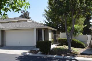 910 Wentworth Circle, Vista CA