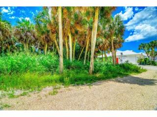 4121 North Beach Road, Englewood FL