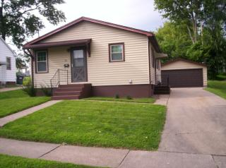720 15th Ave S, Clinton, IA 52732