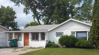 214 7th Ave W, West Fargo, ND 58078