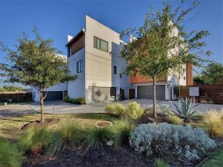 5011 Balcones Drive #D, Austin TX