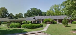 222 Spruce St, Walnut Grove, MS 39189