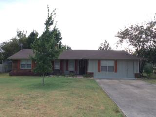131 Carol Ln, Red Oak, TX 75154