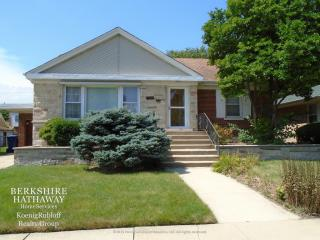 9808 South Trumbull Avenue, Evergreen Park IL