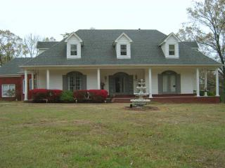 30 Evening Shade Cove, Hickory Withe TN