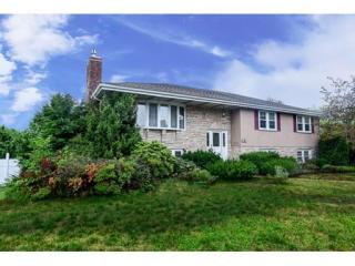 181 Dean St #2, Norwood, MA 02062