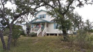 463 Chipman Court, Bandera TX