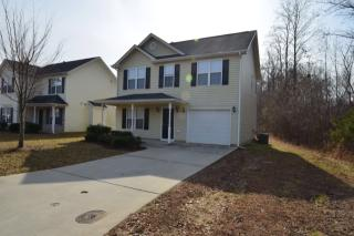 5672 Fairway Forest Dr, Winston-Salem, NC 27105