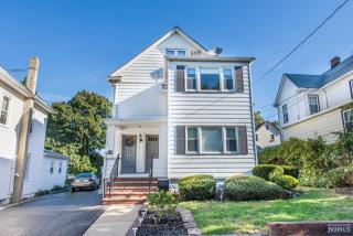 72 Summit St, Ridgefield Park, NJ