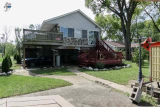 3505 South Shore Drive, Moline IL