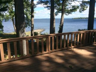 19 Lakeside Ct, Plattsburgh, NY 12901