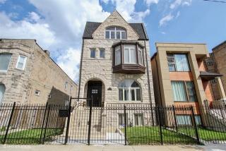 4215 South Calumet Avenue, Chicago IL
