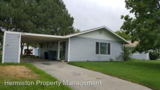 403 NW 2nd St, Boardman, OR 97818