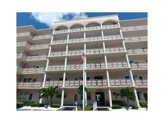 6025 Shore Boulevard South #211, Gulfport FL