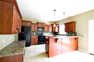 3908 Eagle View Ct, Columbia, MO 65203