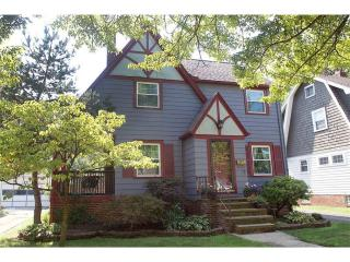 1136 Erieview Road, Cleveland Heights OH