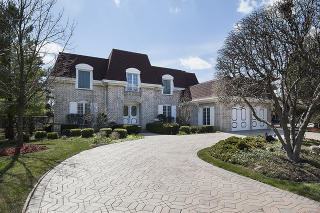 3707 Pebble Beach Road, Northbrook IL