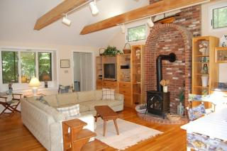 4 Peases Point Way, Chilmark MA