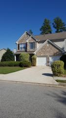1027 Maple Leaf Dr, McDonough, GA 30253
