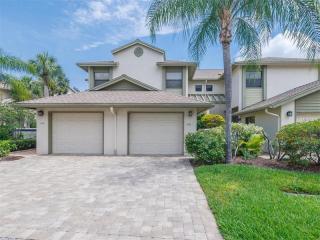 1712 Starling Drive #101, Sarasota FL