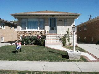 4821 North Greenwood Avenue, Norridge IL