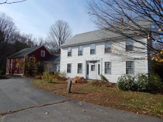 735 Main St, Chester, VT 05143