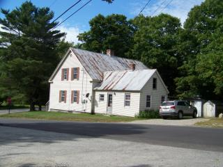 4 Lovejoy Pond Rd, Wayne, ME 04284