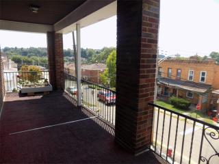 228 Park Ave #2, West View, PA 15229