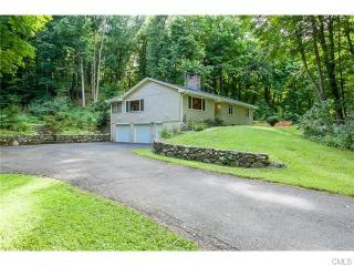49 Old Hawleyville Road, Newtown CT