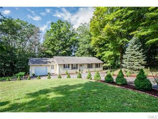 220 Pumpkin Hill Road, New Milford CT