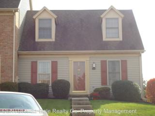 144 Crown Pointe Dr, York, PA 17402