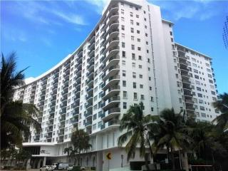 6039 Collins Avenue #1035, Miami Beach FL