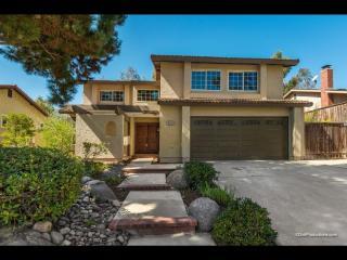 2121 Pleasant Grove Road, Encinitas CA