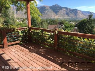 383 E 3550 N, North Ogden, UT 84414