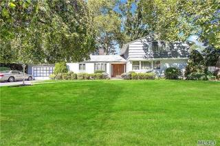 81 Meadow Woods Road, Great Neck NY