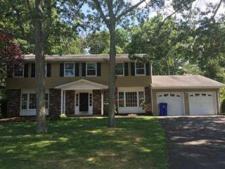 10 Redwood Drive, Toms River NJ