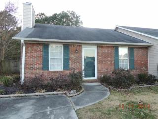 2733 Brookfield Dr, Midway Park, NC 28544