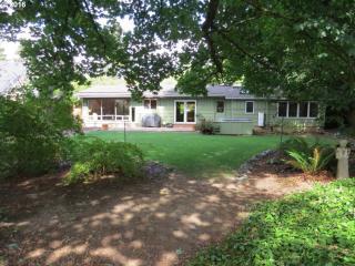 210 Sunshine Acres Drive, Eugene OR