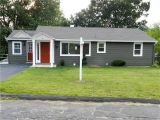 6 Lilac Avenue, Watertown CT