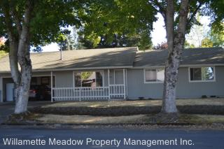 1484 Wilshire Dr, Stayton, OR 97383